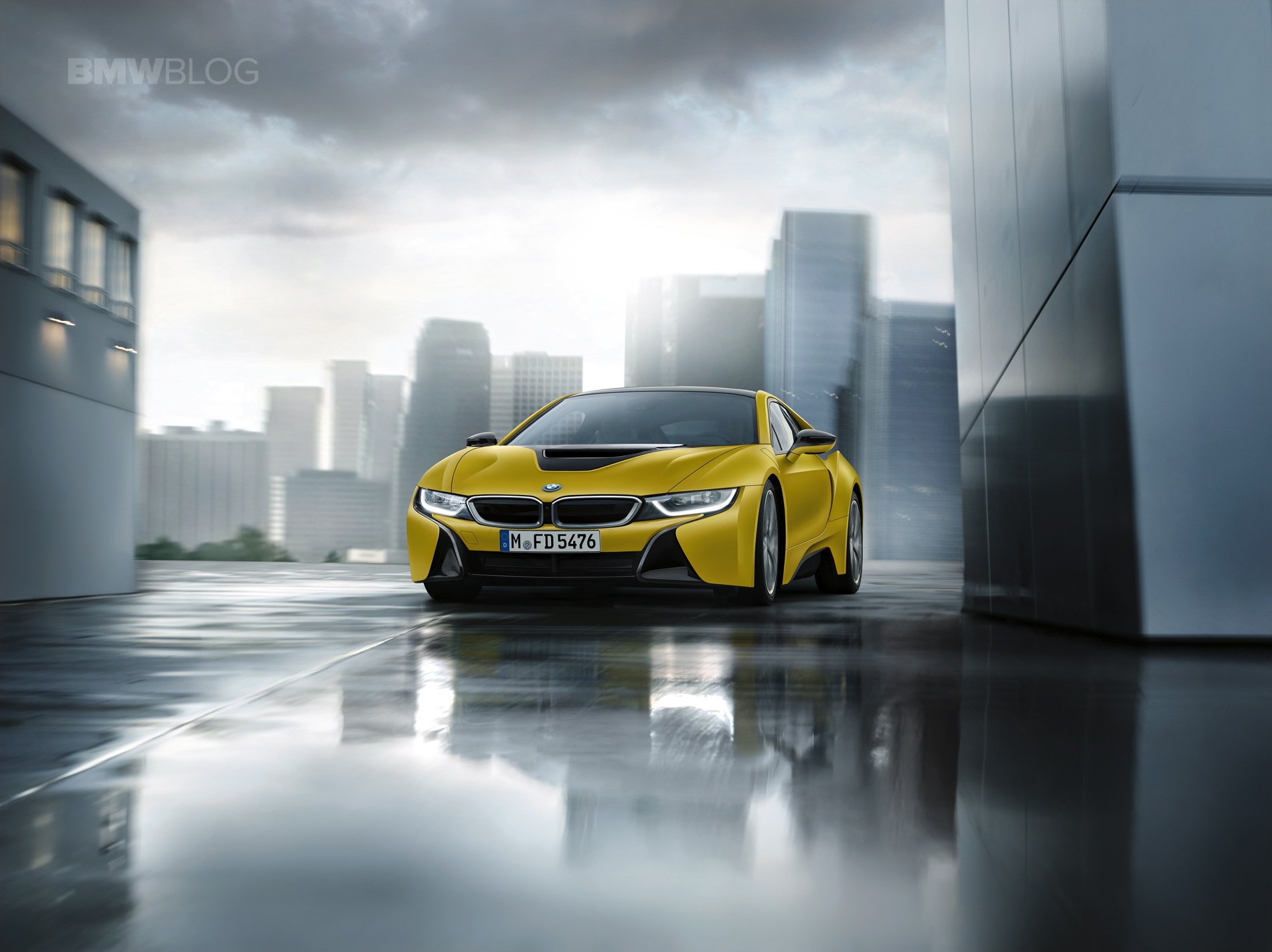 BMW i8 Protonic Frozen Yellow 05