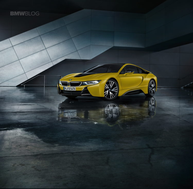 BMW i8 Protonic Frozen Yellow 08 750x738
