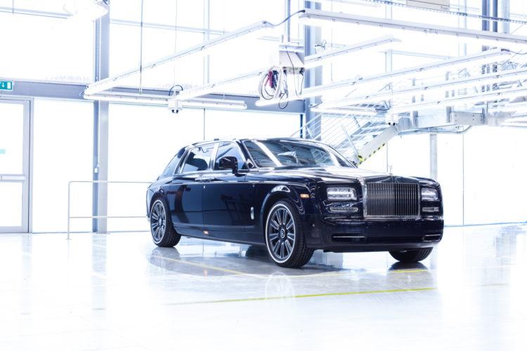 Final Phantom Rolls Royce Celebrates End of Generation VI 06 750x500