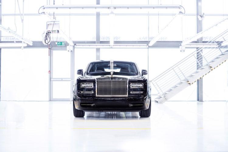Final Phantom Rolls Royce Celebrates End of Generation VI 07 750x500