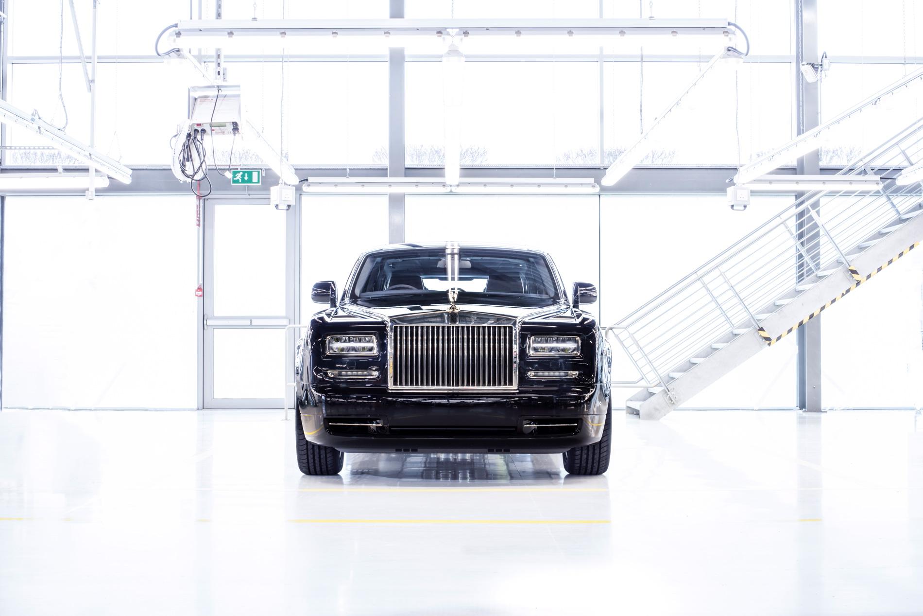 Final Phantom Rolls Royce Celebrates End of Generation VI 07