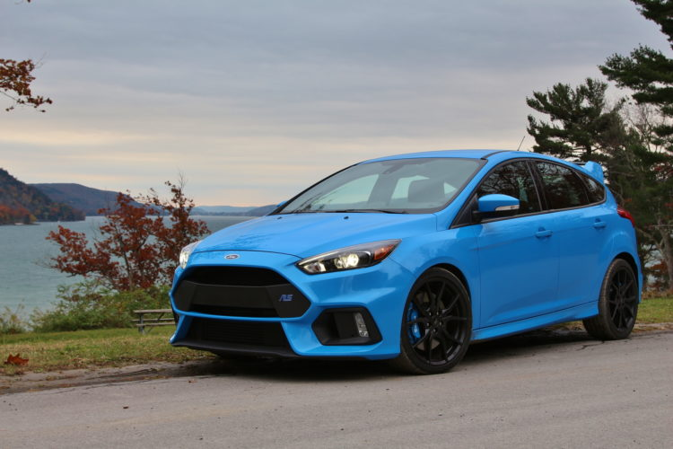 Ford Focus RS test drive 01 750x500