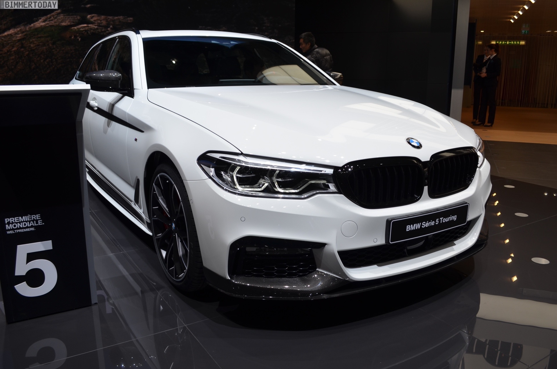 530d And Xdrive The Bmw M Performance Exhaust System Sel Was Developed Which Attracts Attention With Its Special Stainless Steel Sport Ler
