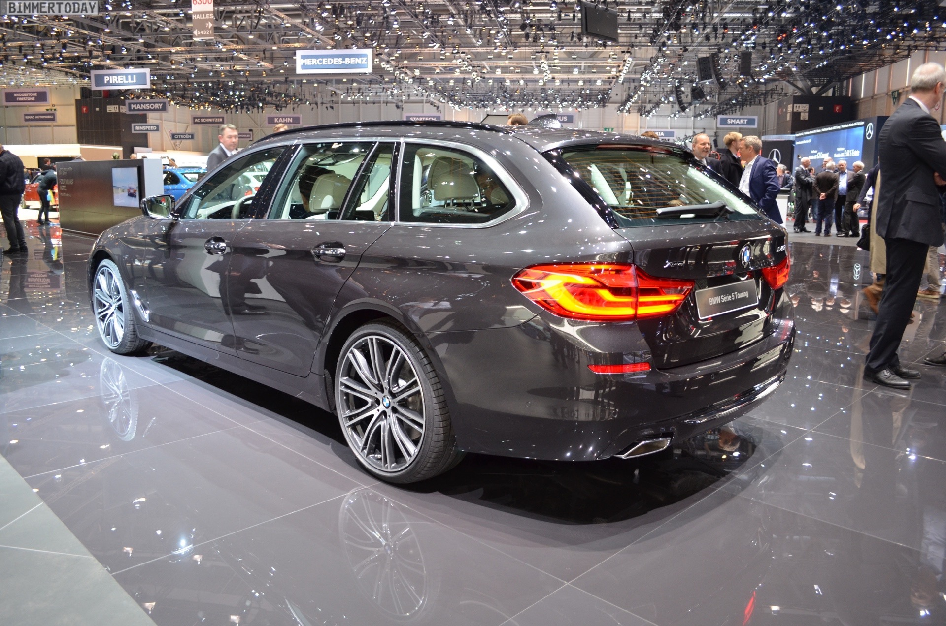2017 Geneva G31 Bmw 540i Touring With Luxury Line
