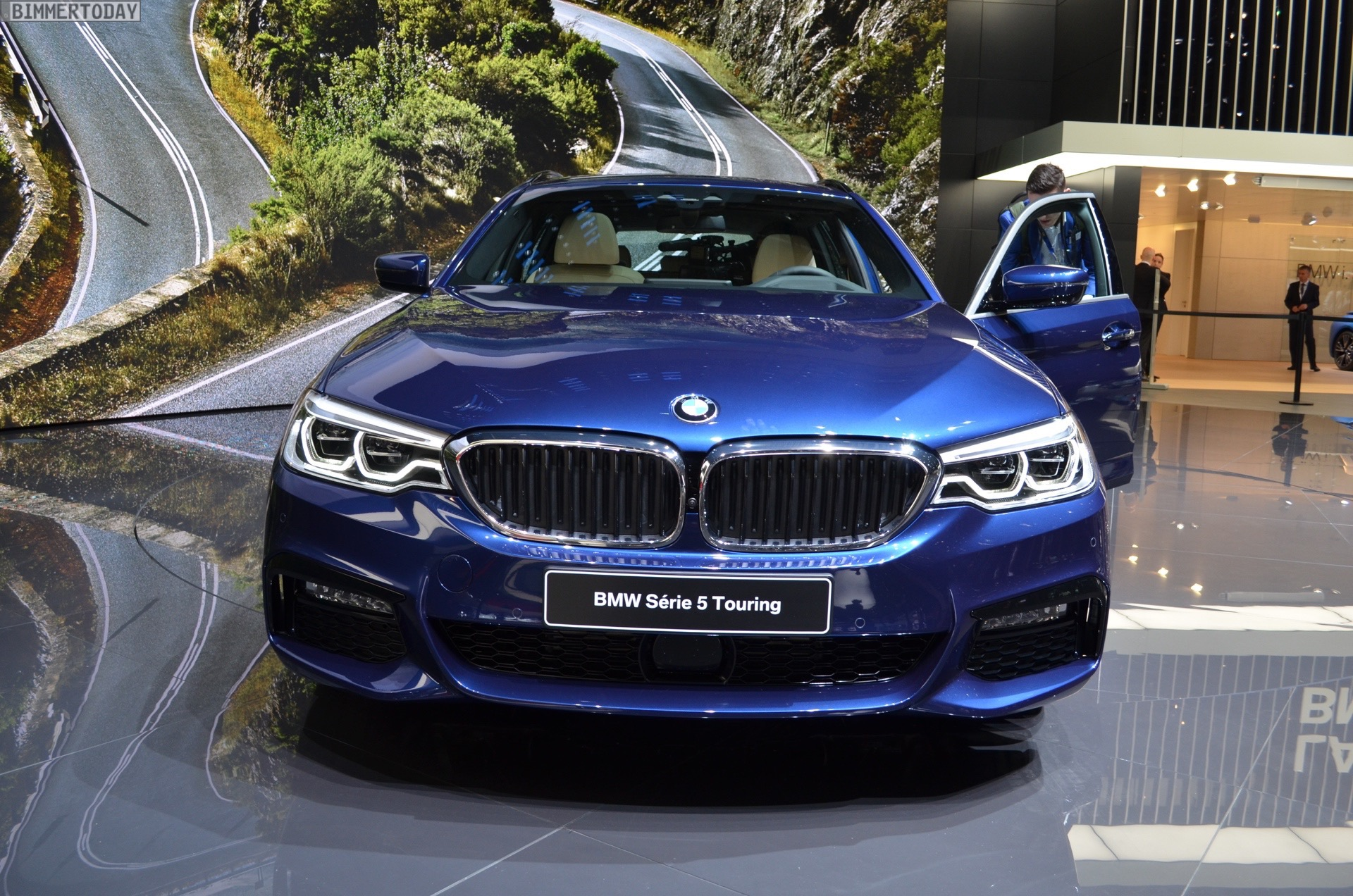 new photos of the 2017 bmw 530d touring with m sport package. Black Bedroom Furniture Sets. Home Design Ideas