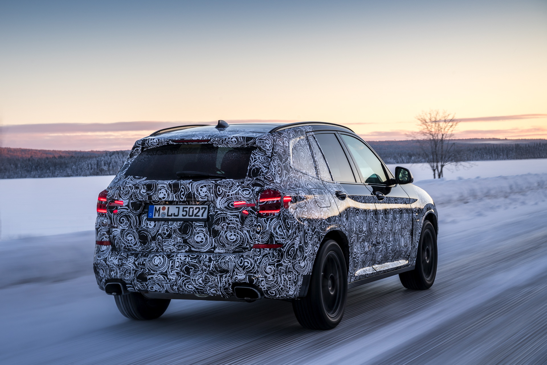 2017 BMW X3 winter testing 04