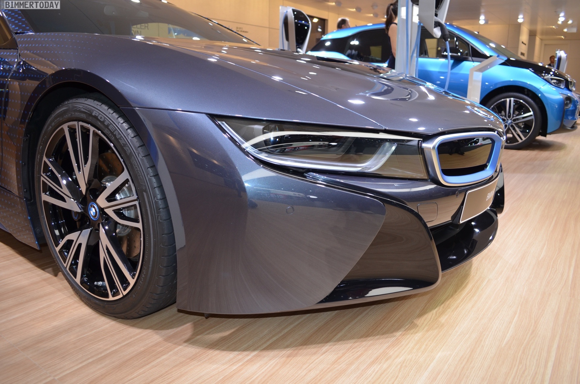 The BMW I8 Garage Italia CrossFades Exterior Design With Smooth Transition From Dark Silver Of Front End Car To Pure Blue