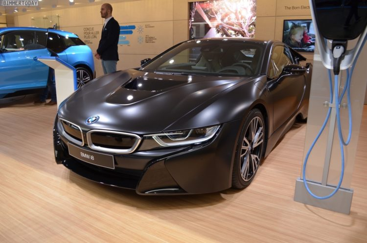 2017 BMW i8 Frozen Black Edition Genf Live 03 750x497