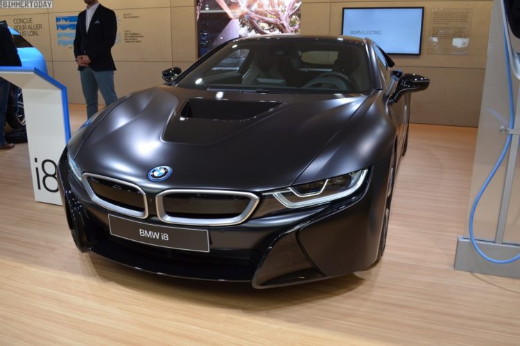 2017 BMW i8 Frozen Black Edition Genf Live 08 750x500