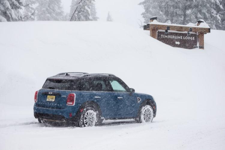 2017 MINI Countryman test drive 140 750x500