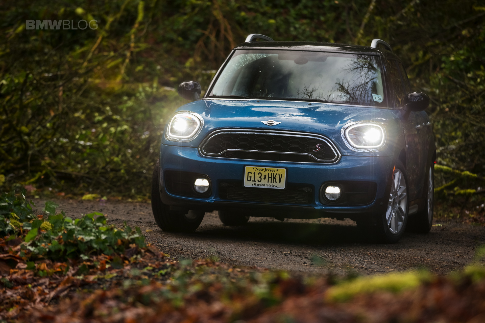 Mini Countryman Missed Iihs Top Safety Pick Because Of Headlights