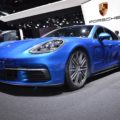 2017 Porsche Panamera Sport Turismo 4S Genf Autosalon Live 01 120x120