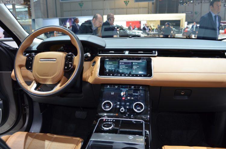 2017 Range Rover Velar P380 Interieur Genf Autosalon Live 02 750x497