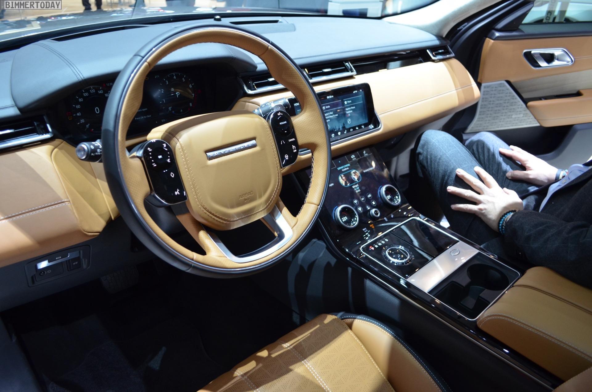 https://cdn.bmwblog.com/wp-content/uploads/2017/03/2017-Range-Rover-Velar-P380-Interieur-Genf-Autosalon-Live-06.jpg