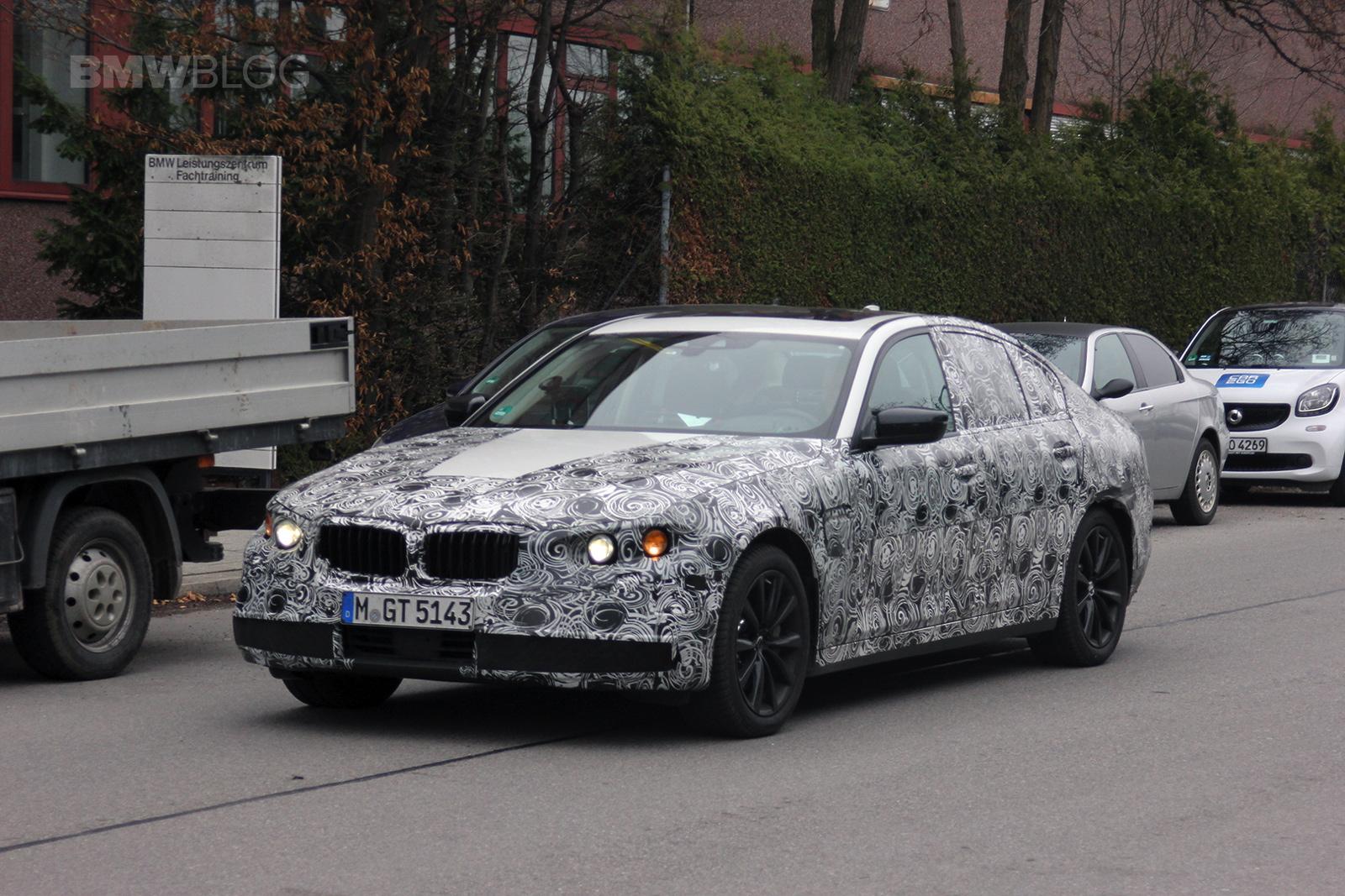 2018 BMW 3 Series spied 03