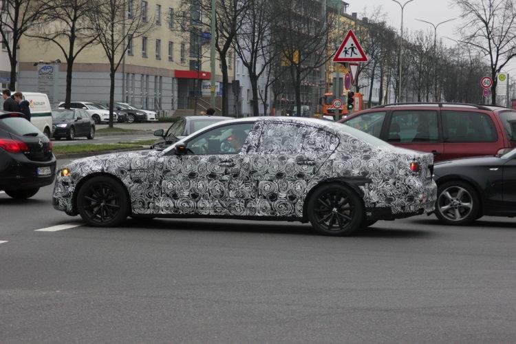 2018 BMW 3 Series spied 05 750x500