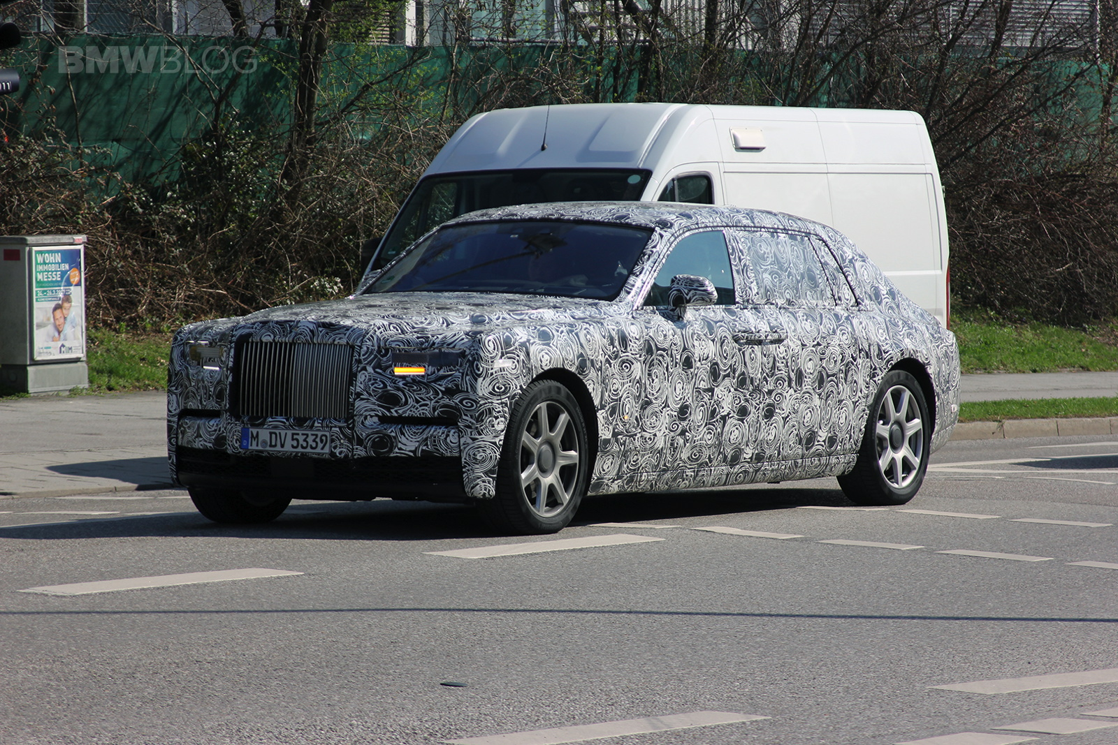 2018 Rolls Royce Phantom Spied 02 750x500