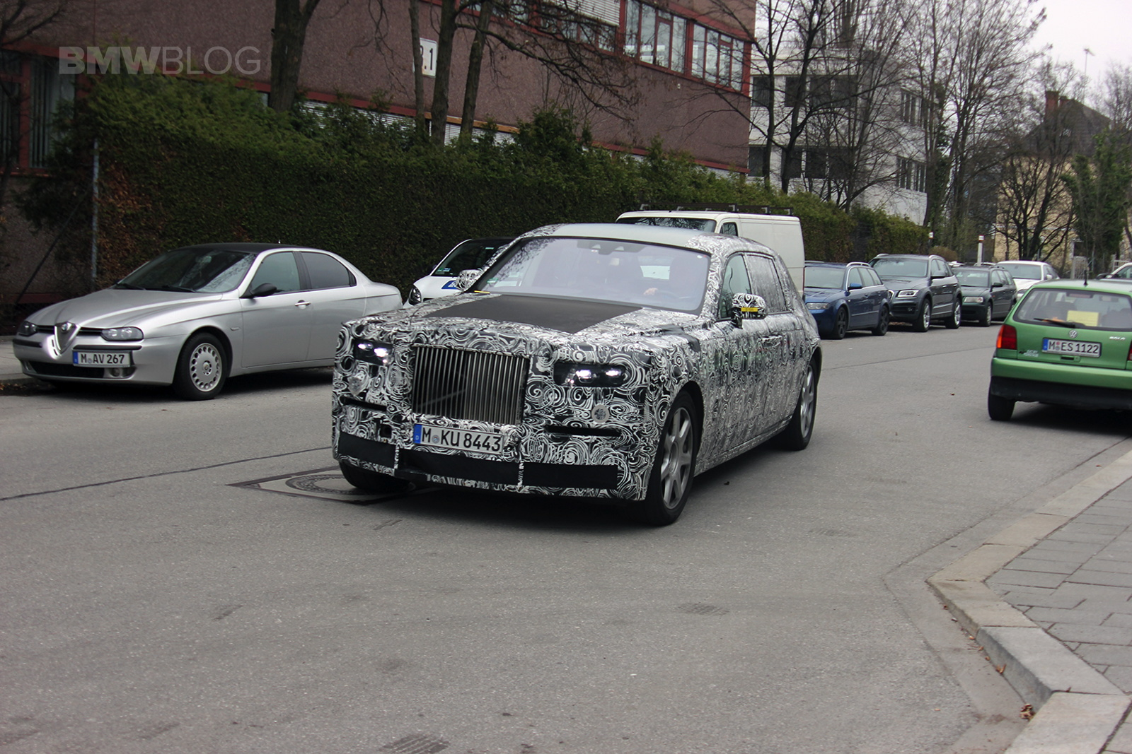 Spy Photos 2018 Rolls Royce Phantom