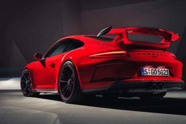 2018 porsche 911 gt3 27 750x500