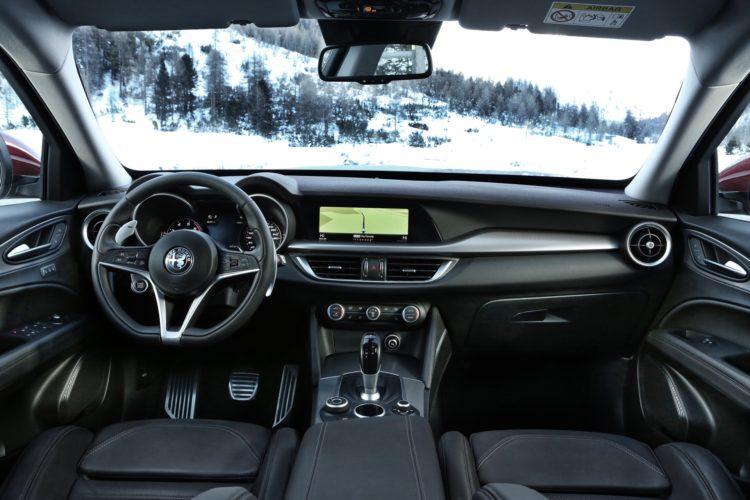 Alfa Romeo Stelvio2 750x500