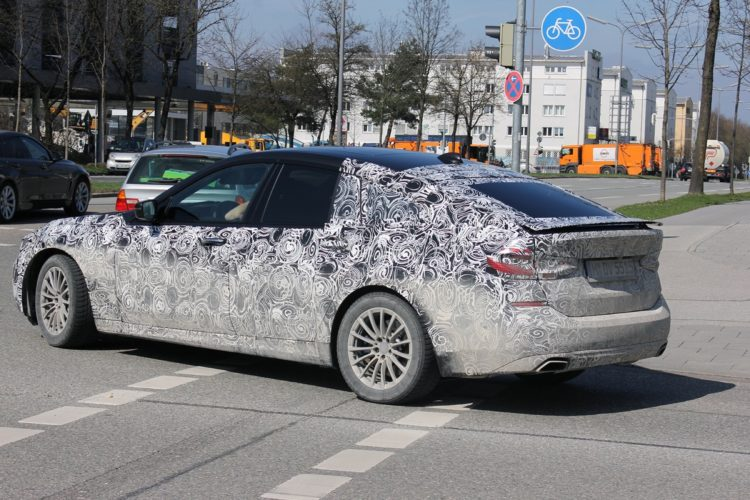 BMW 6 Series GT Spy Photos2 750x500