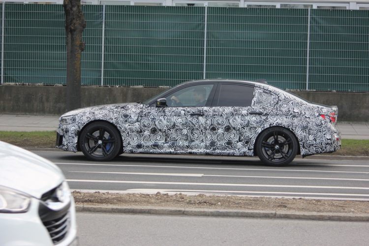 BMW F90 M5 Spy Photos1 750x500