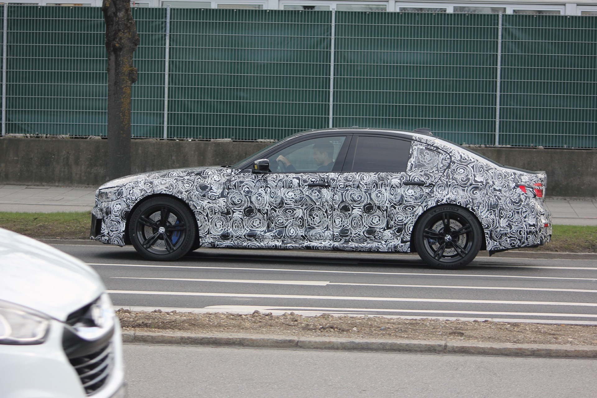 BMW F90 M5 Spy Photos1