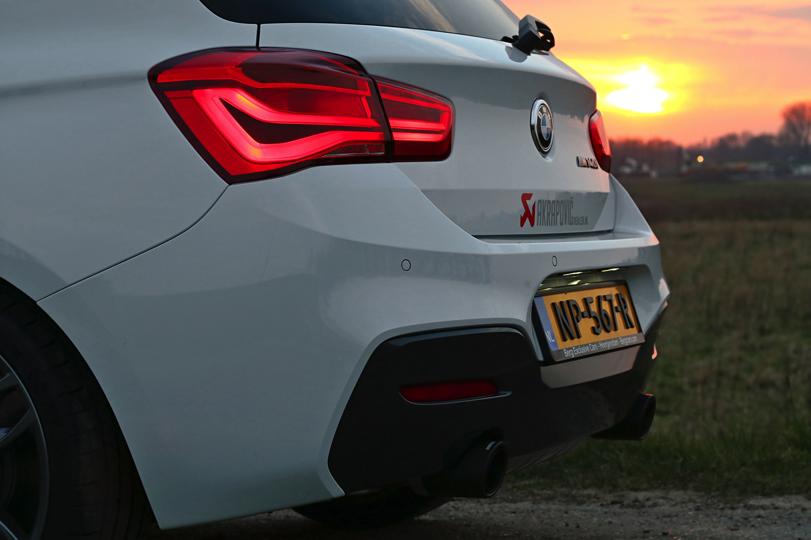 bmw m140i with akrapovic evolution exhaust sounds mean. Black Bedroom Furniture Sets. Home Design Ideas