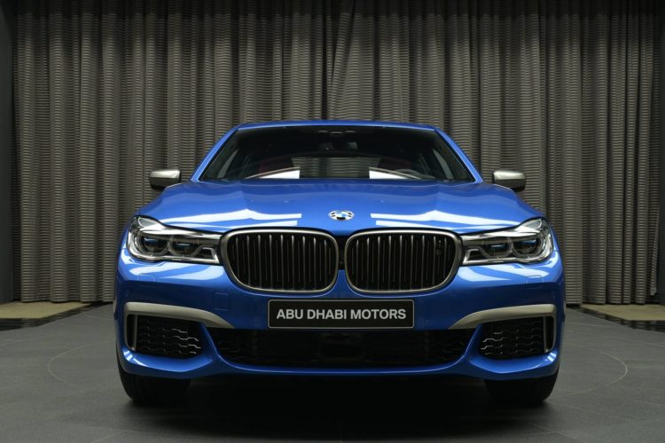 BMW M760Li V12 Estorilblau Individual 7er G11 G12 Abu Dhabi 02 750x500