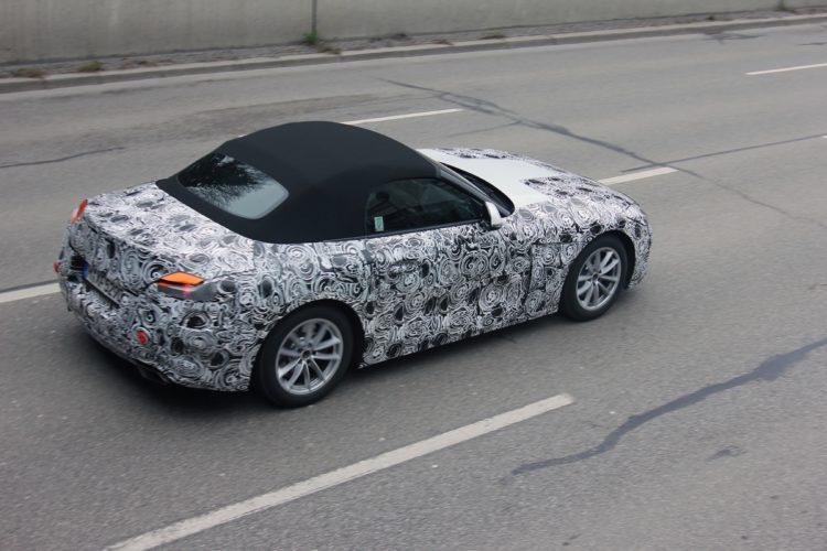 BMW Z4 Spy Photos9 750x500