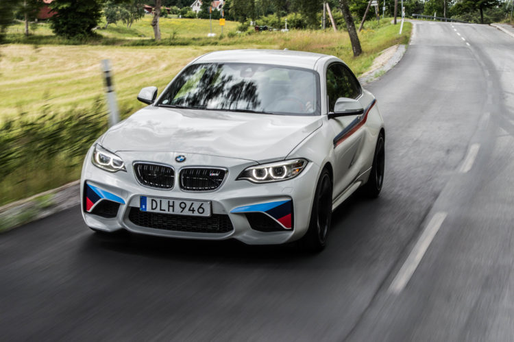 BMW M2 Action 4 750x499