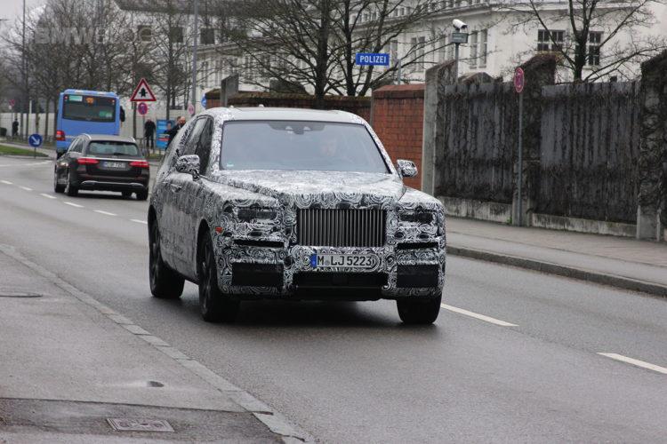 Rolls Royce SUV spied 01 750x500