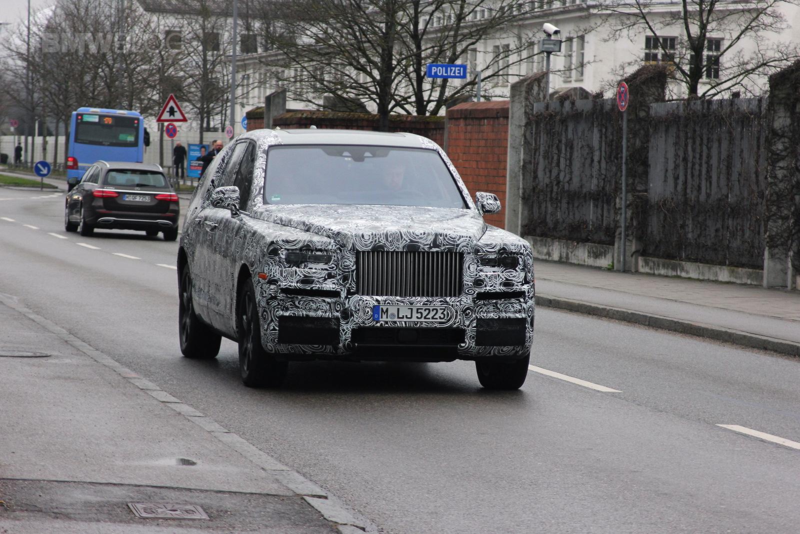 Rolls Royce SUV spied 01