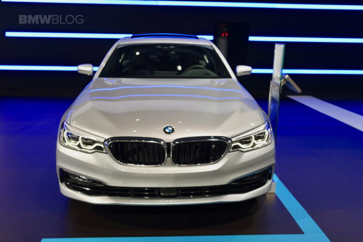 2017 BMW 530e nyc 02 750x500