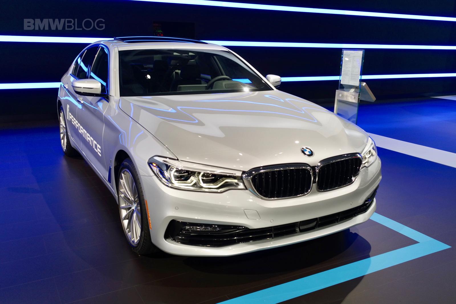 2017 BMW 530e nyc 03