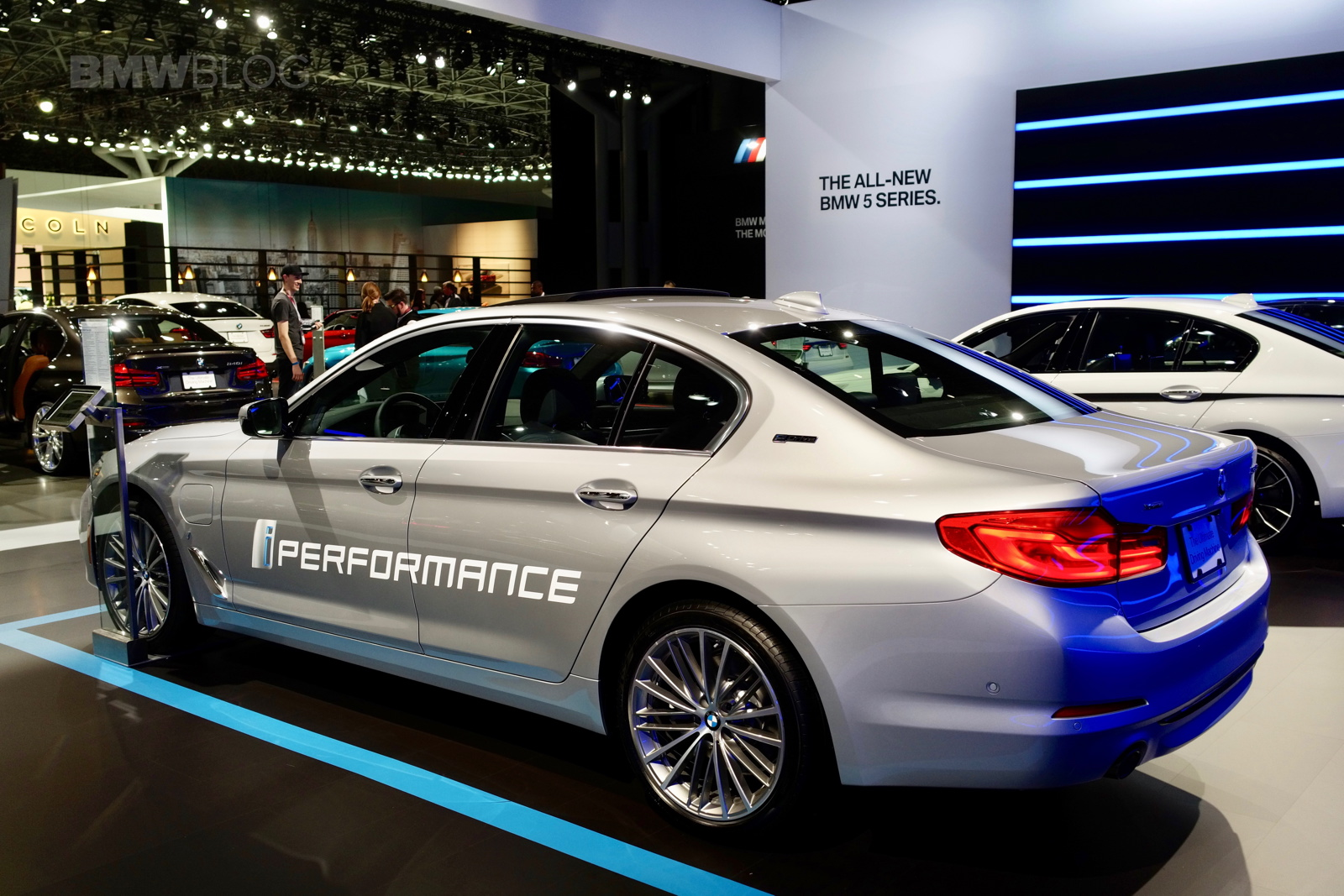 BMW Brings Its Plugin Hybrids To NYC Auto Show - Car show nyc