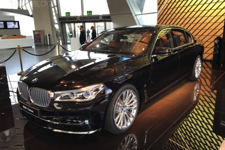 2017 BMW Welt 39 750x500