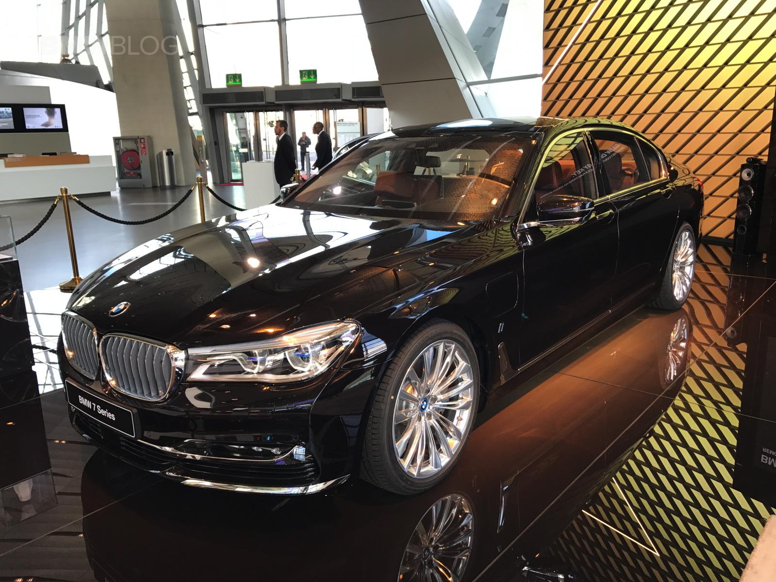 2017 BMW Welt 39