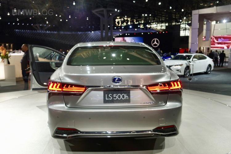 2017 Lexus LS NYC 08 750x500