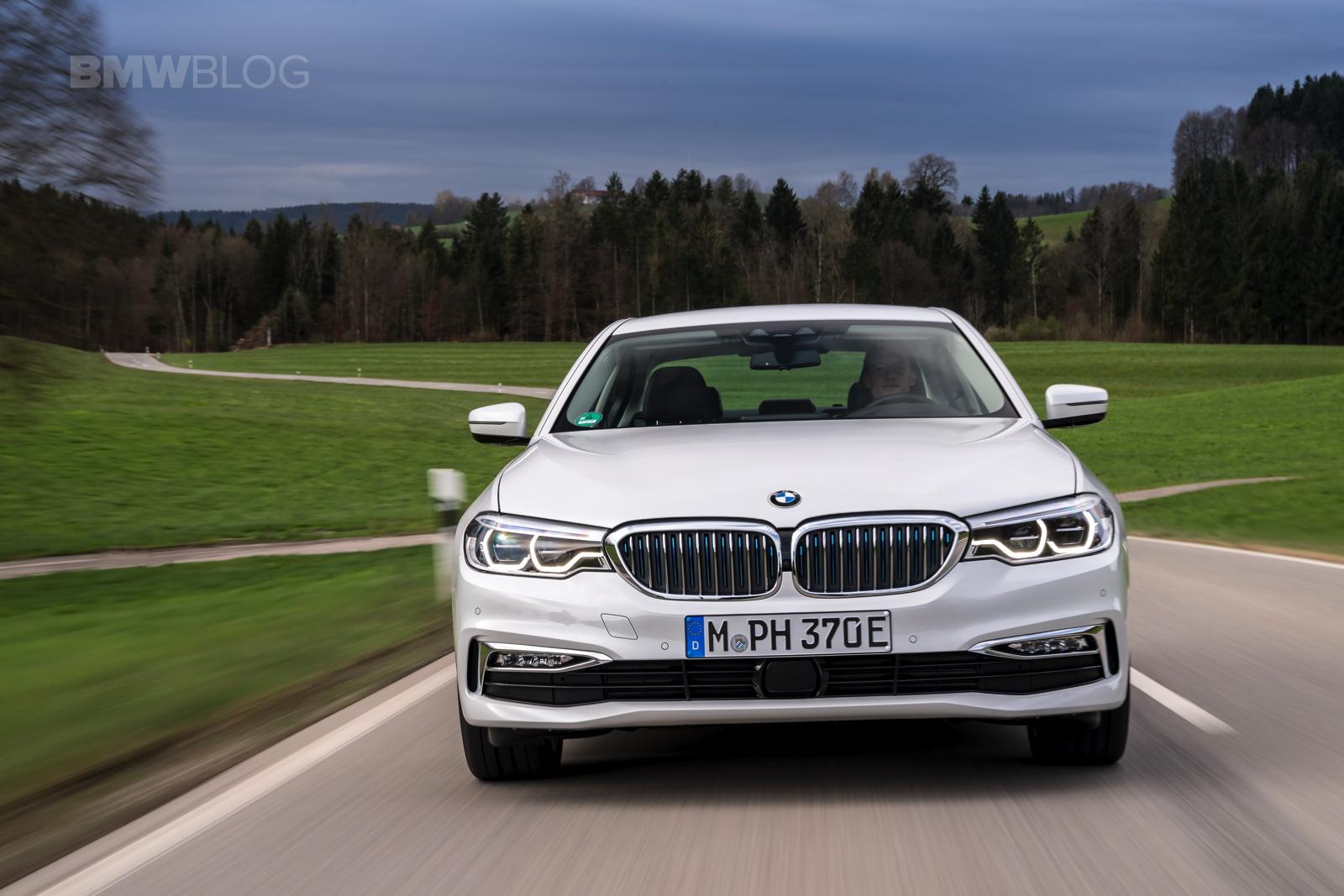 2018 BMW 530e test drive 23