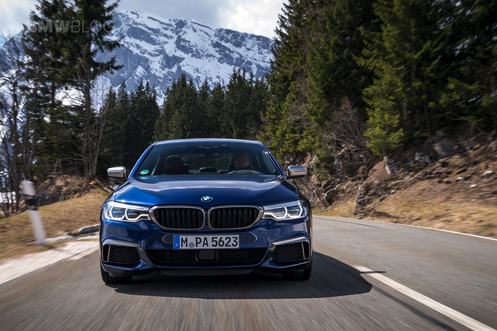 2018 BMW M550i xDrive test drive 04
