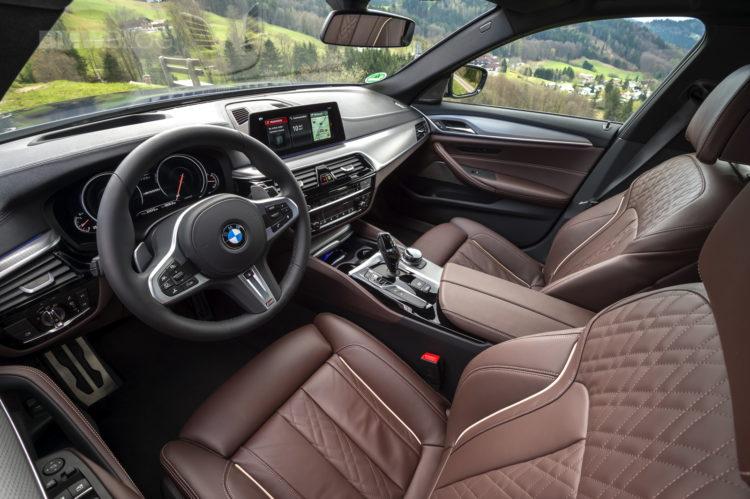 2018 BMW M550i xDrive test drive 54 750x499