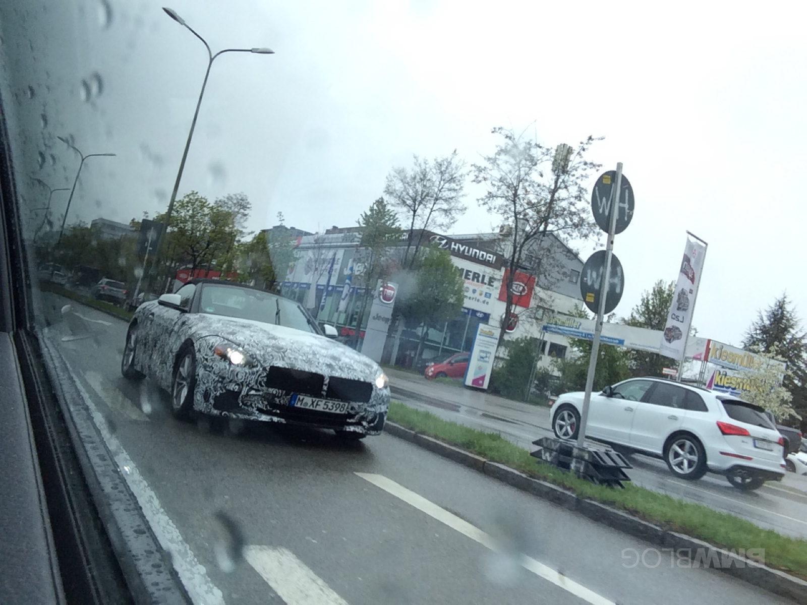 2018 BMW Z4 spy photos 09 e1492529743390