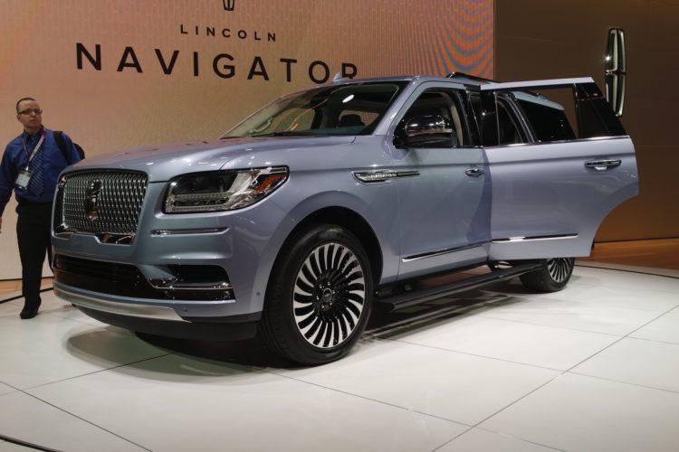 2018 Lincoln Navigator1 750x500
