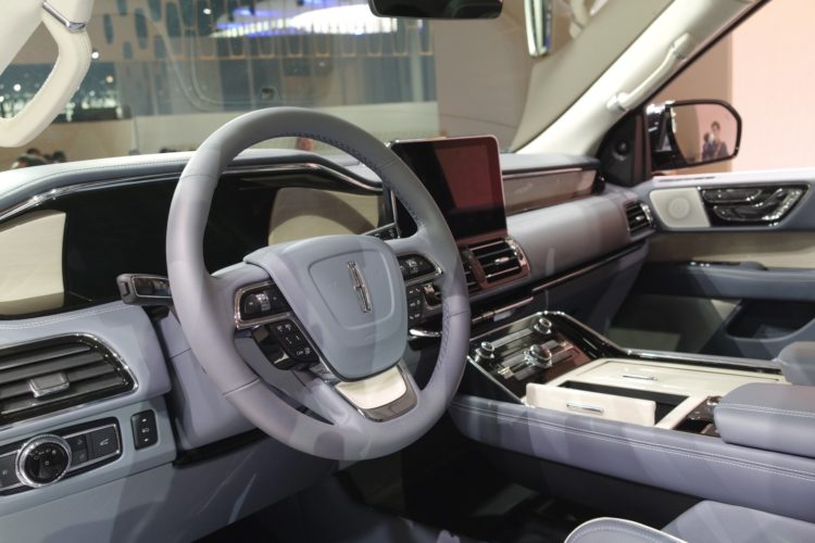 2018 Lincoln Navigator3 750x500