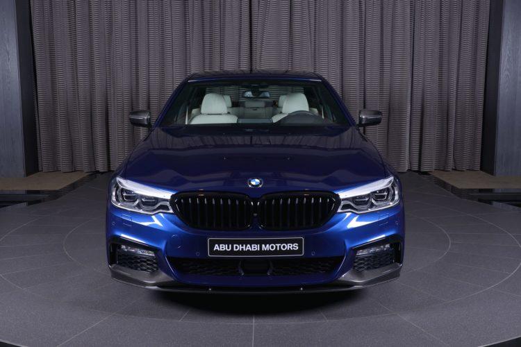 BMW 5er G30 M Performance Tuning Mediterranblau Abu Dhabi 02 750x500