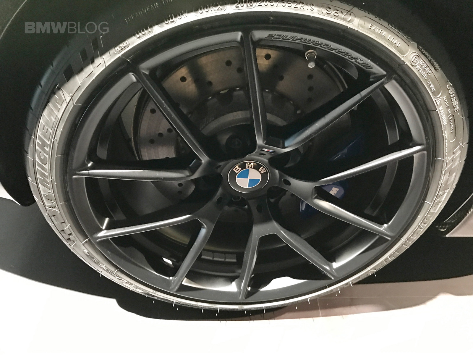 BMW Driving School >> 2017 NYIAS: BMW M2 shows new 763M Style wheels