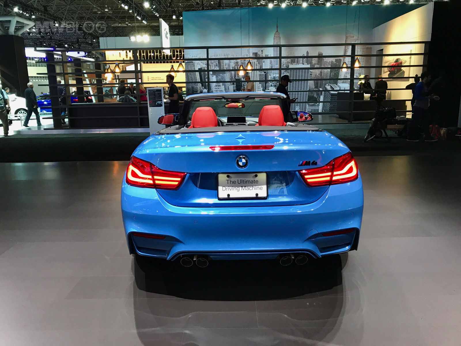 The Bmw M4 Makes 444 Hp And 406 Lb Ft Of Torque From Its Twin Turbo 3 0 I6 Has A Seven Sd Dual Clutch Gearbox Gets 60 Mph In 4 Seconds