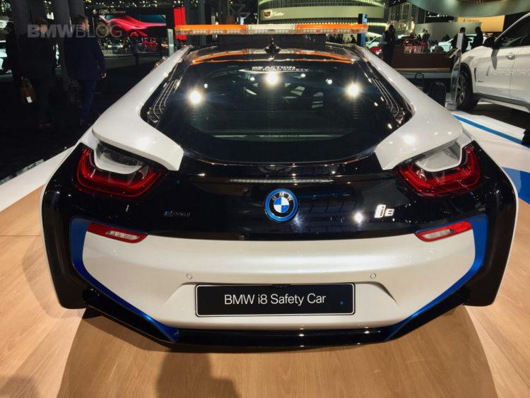 BMW i8 Safety Car nyc show 05 750x563