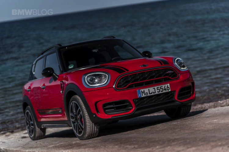 MINI John Cooper Works Countryman 2017 15 750x500